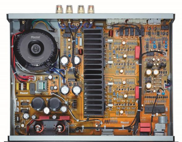 Интегральный усилитель Magnat MA-1000 black: фото 3